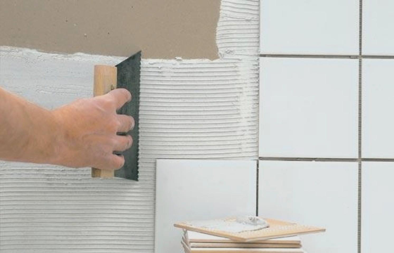 Techniques pour bien poser son carrelage mural